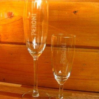 champagneglazen rechtop graveren